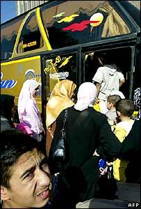 iraqis-leave.jpg
